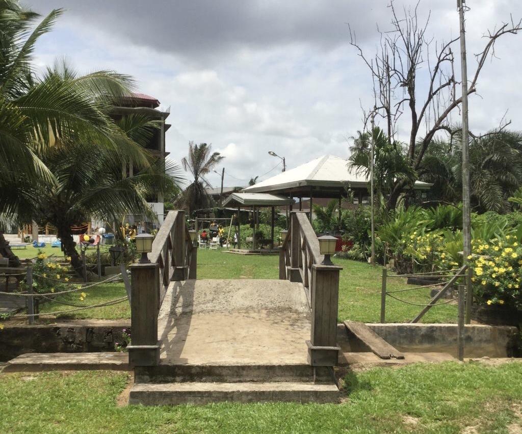 Les Palétuviers Matanda