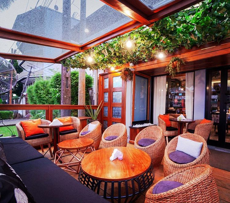 Le Mya Restaurant