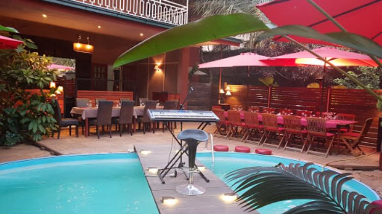 Cosy Pool